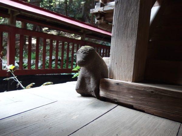 南アルプス市・諏訪神社のはじめ狛犬!