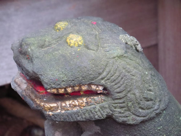 熊野神社(国母)のはじめ狛犬