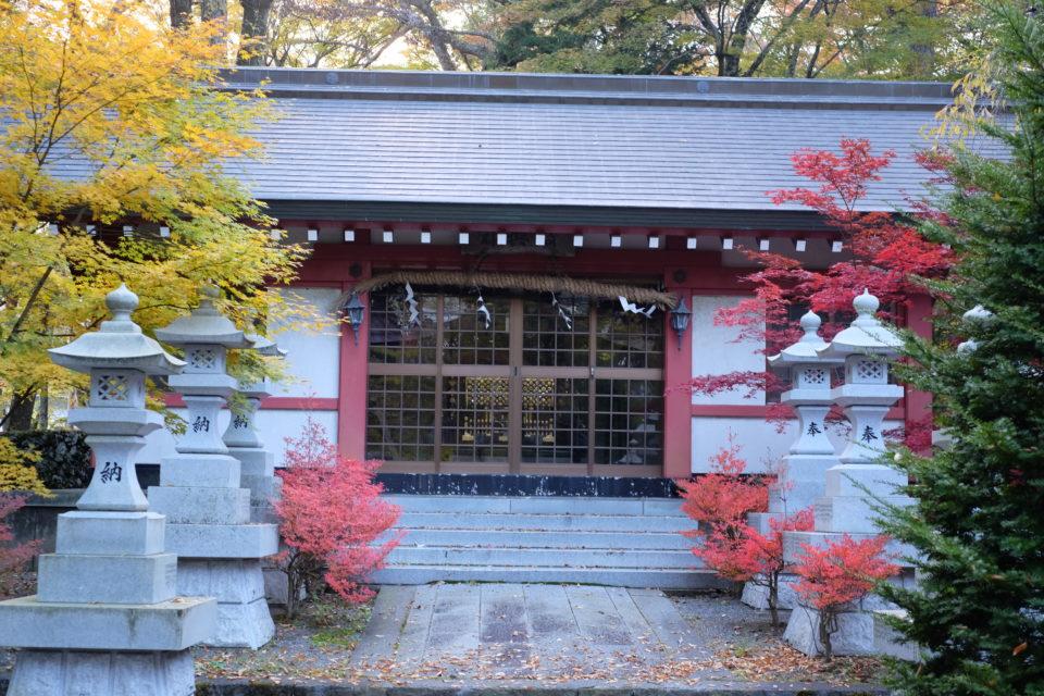 山中浅間神社 神輿舎