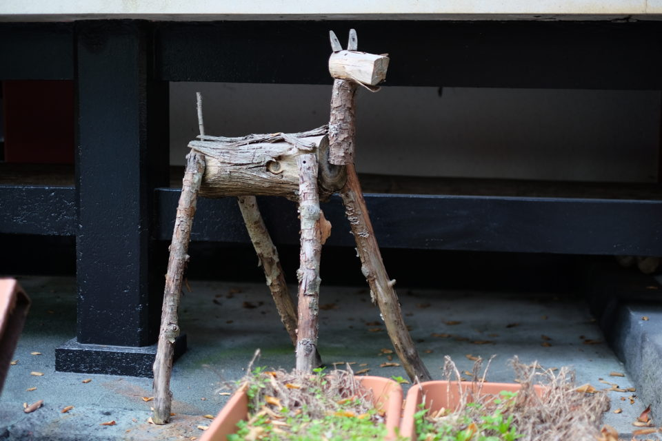 山中浅間神社 木の馬