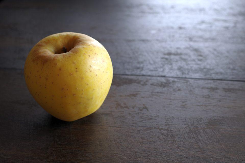 美味しい蜜入りリンゴ「はるか」を食べてみた