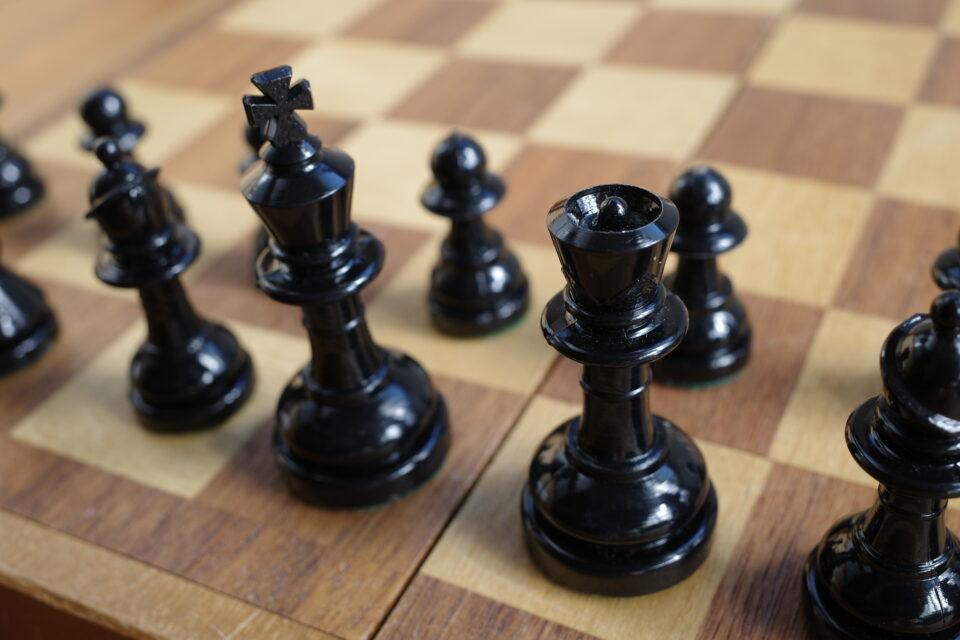 チェス ボードゲーム