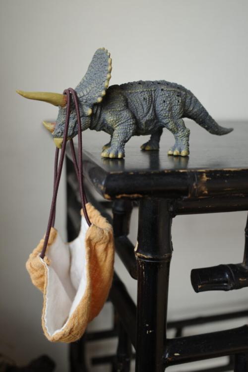 コレクタのトリケラトプスはマスクホルダーにぴったり
