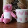 Uバクのグッズと写真(UTY=テレビ山梨のピンクのバクのキャラ)