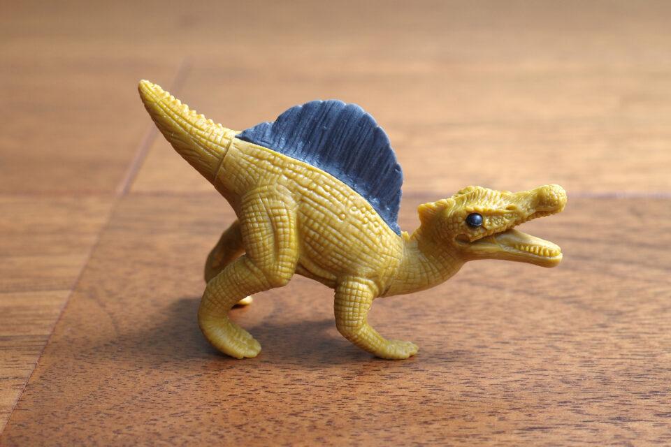 イワコー 恐竜消しゴム スピノサウルス ライトブラウン