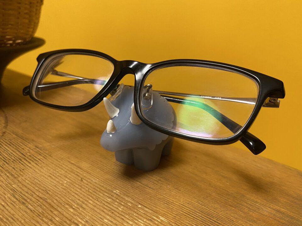 トリケラトプス 眼鏡ホルダー